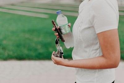bottle-car-keys-drinking-water-1082960