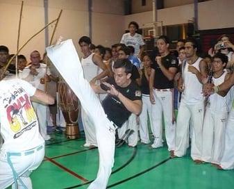 Capoeira_candeias_gingashow