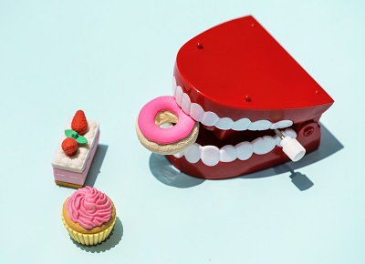 Excess sugar can cause dental problems.