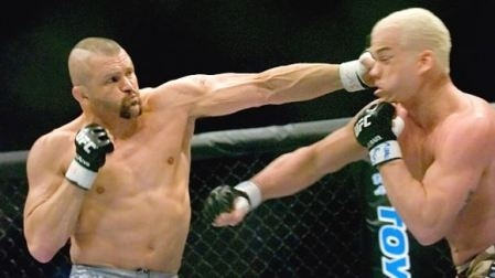 "Chuck ""The Iceman"" Liddell, a student at The Pit, going in for the win."