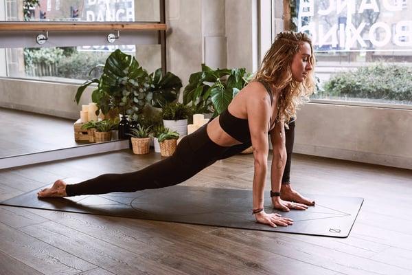 acro-pose-acro-yoga-acro-yoga-pose-1882005