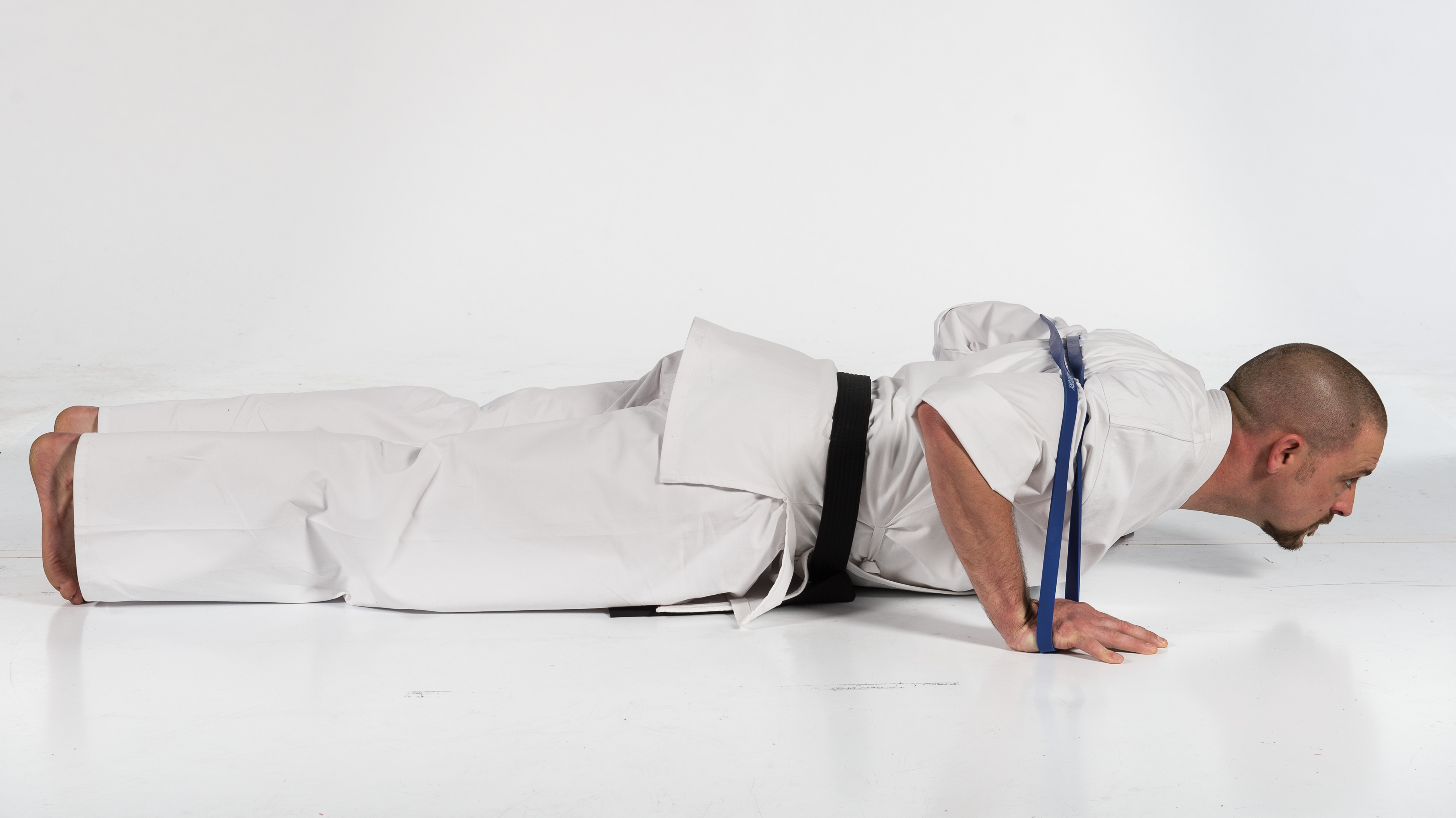 You don't need to be wearing a gi to do this exercise.