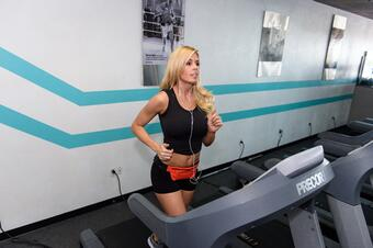 Treadmill running is a great form of cardio!