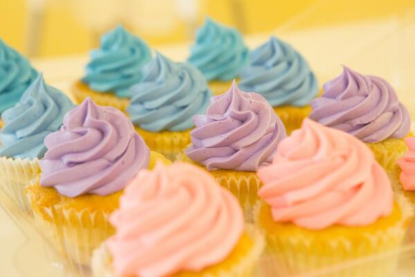 blur-cakes-close-up-416534